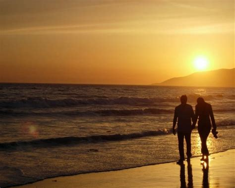 wallpaper foto romantis sunset  indah