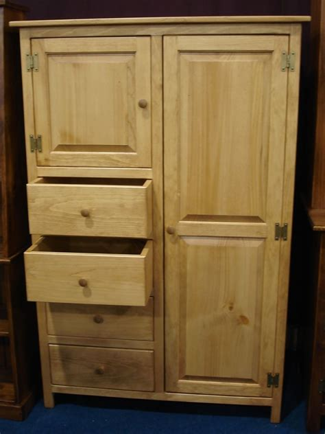 amish pine armoire quick ship   bedroom furniture