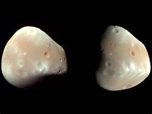 Mars' Moon Deimos | Space Photos
