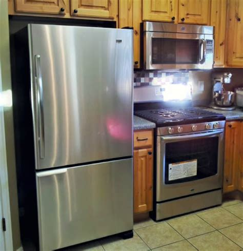 kitchen appliances: Maytag Kitchen Appliances