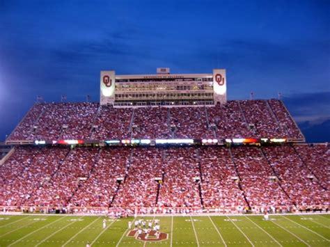 Look Ou Stadium  Pics