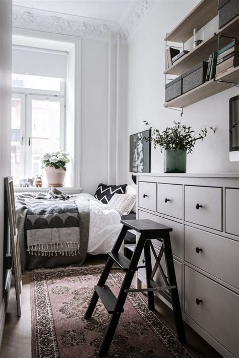 Vintage Bedroom Ideas For Small Rooms by Best 25 Ikea Small Bedroom Ideas On Small