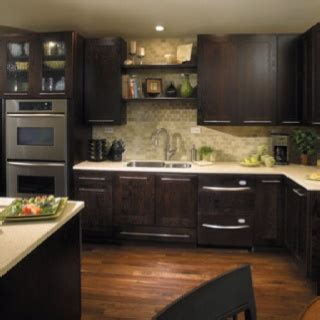 dark brown kitchen cabinets 16 best brown kitchen cabinets images on pinterest brown
