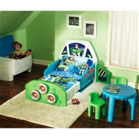 story bedroom decorating ideas 23 best images about story toddler bedding on