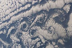 gpw-20061021-NASA-STS107-E-5059-Earth-from-space-clouds ...