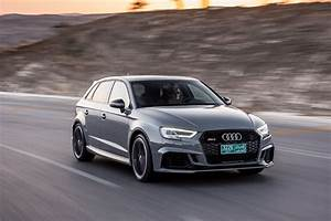 Audi Rs3 Sportback 2017 : road test audi rs3 sportback parkers ~ Medecine-chirurgie-esthetiques.com Avis de Voitures