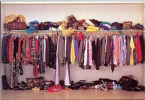 7 easy steps to cleaning your closet