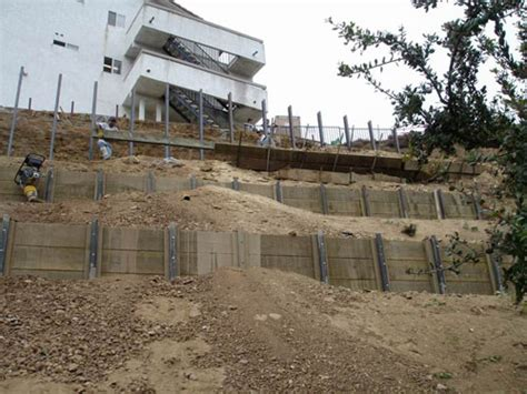 retaining wall on steep slope hillside retaining wall