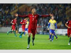 Poker Cristiano Ronaldo scores 4 goals for Portugal v