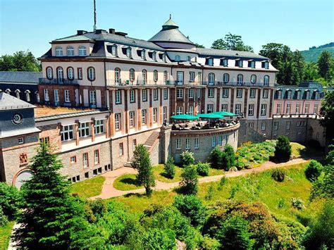 Was Wird Aus Der Bühlerhöhe Und Dem Neuen Schloss In Baden