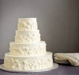 Wedding Cake Idea Culinary Crossroad Simple Cake Decorating For A Birthday Cake Of Your Loved Ones