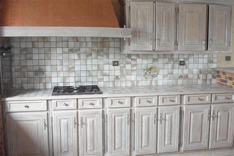 cuisine ceruse blanc cuisine cérusé grise a2p 47 peinture décapage