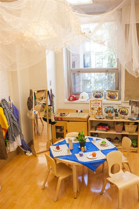 best nyc pre schools look the walls 128 | 20140903 private prek nyc petrsvab 4740