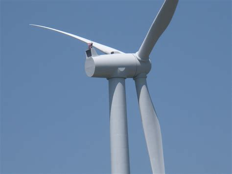 38 High Def Wind Turbine Pictures From Around the World