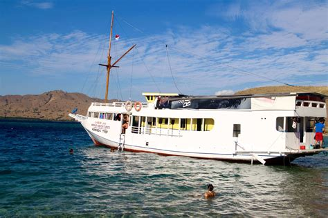 Fast Boat From Lombok To Labuan Bajo by Komodo Island Tours From Lombok Lifehacked1st