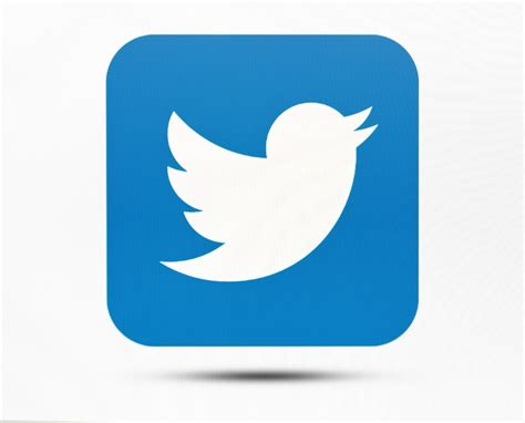 Twitter Launches Button To Private Message Companies ...