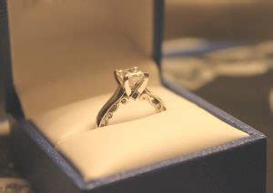 Some policies also pay for lost jewelry. Where To Buy Verragio Rings Online?