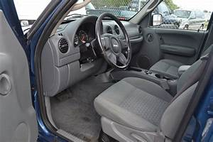 2006 Jeep Liberty - Pictures