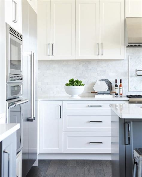 reface kitchen countertops best 25 shaker style cabinets ideas on shaker