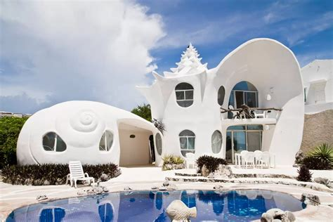 hotel   weirdest airbnb rentals