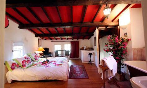 chambres d hotes avignon et alentours chambre d 39 hôtes la ferme à marc jaumegarde avignon