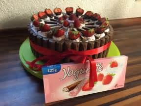 Duplo Torte Basteln : yogurette torte rezepte ~ Frokenaadalensverden.com Haus und Dekorationen