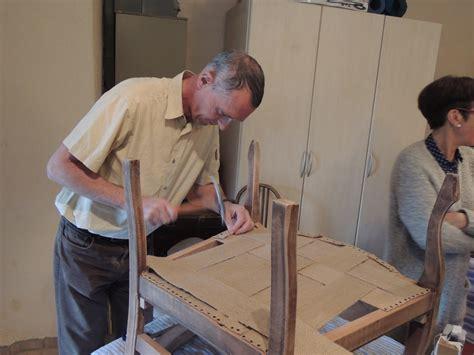 renover une chaise medaillon renover un fauteuil fauteuils empire a img copie jpg renover une chaise medaillon fauteuil