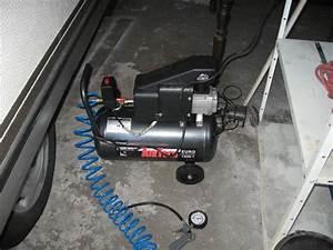 12v Kompressor Mit Kessel : 12v kompressor f r die reifen wohnmobil forum ~ Frokenaadalensverden.com Haus und Dekorationen