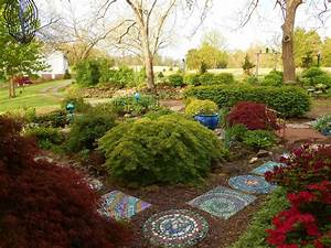 Creating Mosaic Stepping Stones in Your Garden