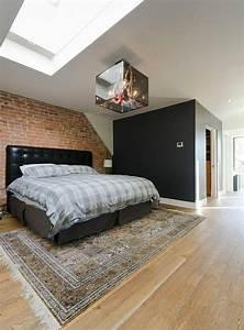 23 exemples de chambres a coucher avec fenetres de toit for Chambre design avec fenetre wehr prix