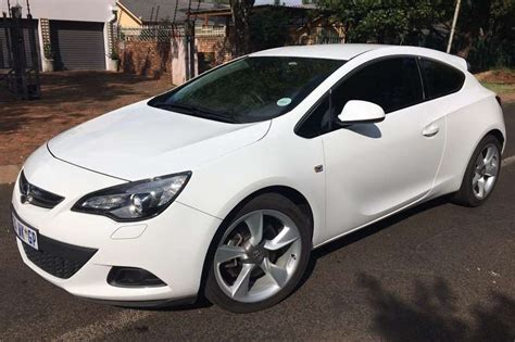 Opel Astra Turbo by 2014 Opel Astra Gtc 1 6 Turbo Sport Coupe Petrol Fwd