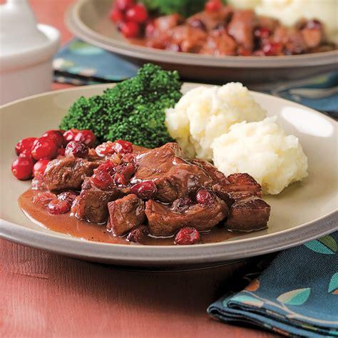 recette cuisine porc ragoût de porc aux canneberges à la mijoteuse recettes