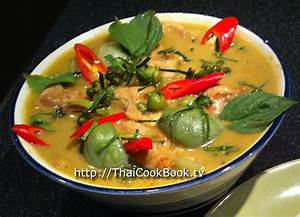 Authentic Thai Recipe for Sweet Green Curry with Chicken