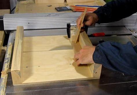 precise table  cuts    puzzle