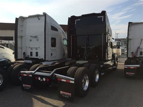 100 New Kenworth Price Kenworth Adds Mid Roof