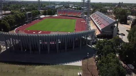 Atklāj Daugavas stadiona rekonstruētās tribīnes - YouTube