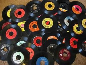 Bac A Vinyl : couleur vinyle entretien avec un vinyle le retour du 33 tours ~ Teatrodelosmanantiales.com Idées de Décoration