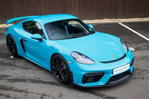 After the cayman and boxter have been separated from each other since their introduction while sharing the same base, porsche decided to combine the two in the 718 for the 2016 model year. 2020/20 Porsche 718 Cayman GT4 Clubsport Package For Sale   Car And Classic