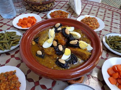 cooking with a moroccan family read this plan it