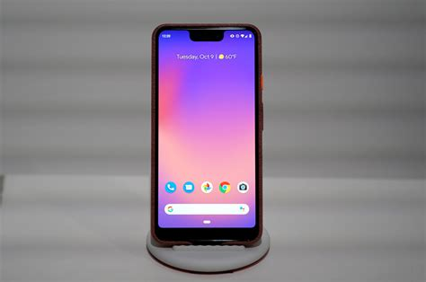 unveils pixel 3 smartphone at new york event