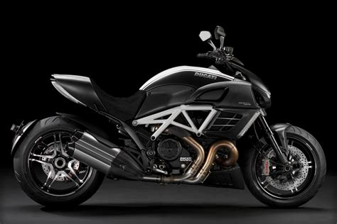 2018 Ducati Diavel Amg Motozombdrivecom