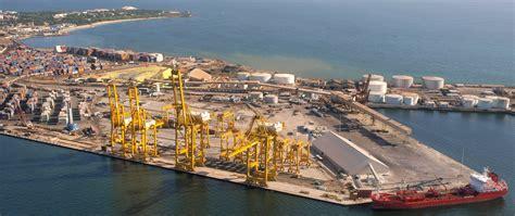 le millesime du port dragage du port un autre navire 233 choue dans le chenal