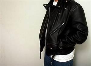 Nettoyer Une Veste En Cuir : comment nettoyer et prendre soin d 39 un blouson en cuir ~ Carolinahurricanesstore.com Idées de Décoration