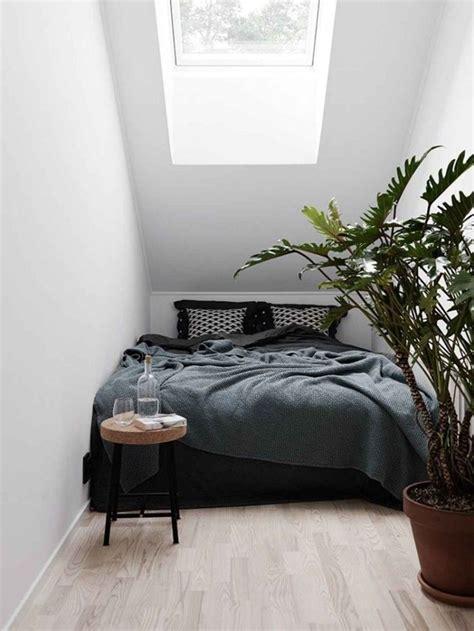The 25+ Best Small Attic Bedrooms Ideas On Pinterest