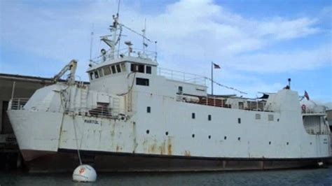 Old Boat Turned Into House by Car Ferry Converted Into Hulking San Francisco Houseboat