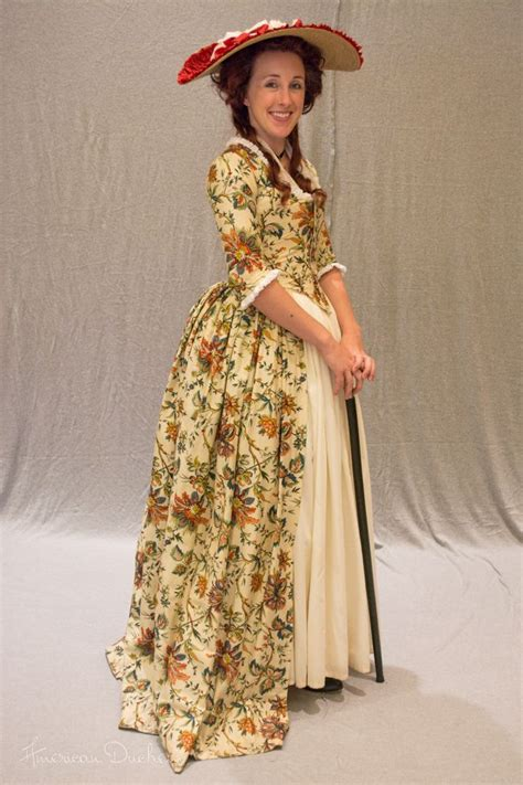 reproduction indienne gown  american duchess