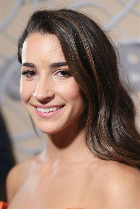 si鑒e auto sport black aly raisman on sizzling sports illustrated shoot it was empowering