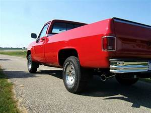 1987 Chevy Silverado Full Size 4x4 Pickup Truck