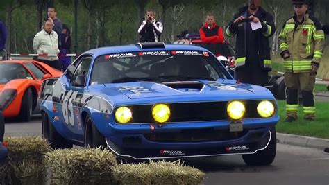 extremely loud pro touring  plymouth cuda