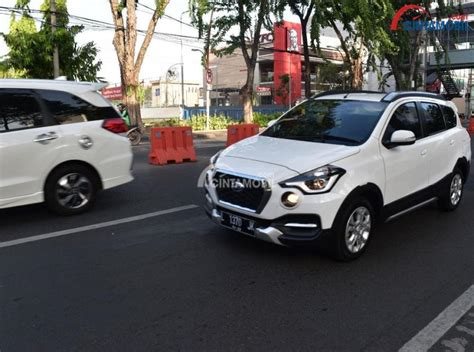 Review Datsun Cross by Review Datsun Cross Cvt 2018 Crossover 7 Seater Sarat